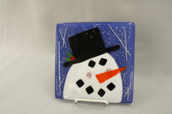 Snowman Head with Snow at Roses Glassworks